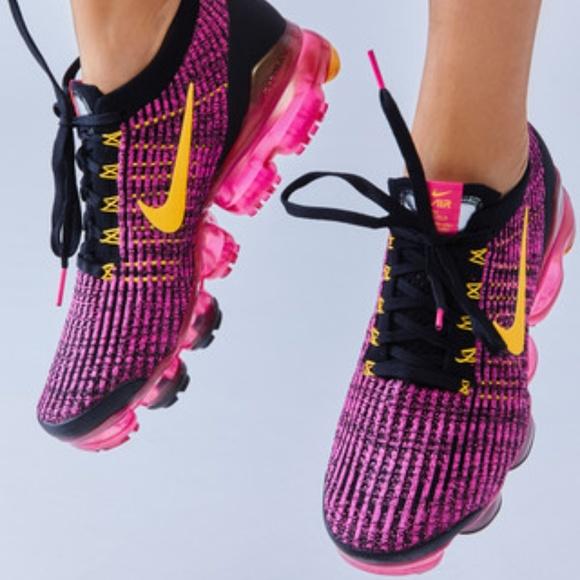 women's nike air vapormax flyknit 3 running shoes purple